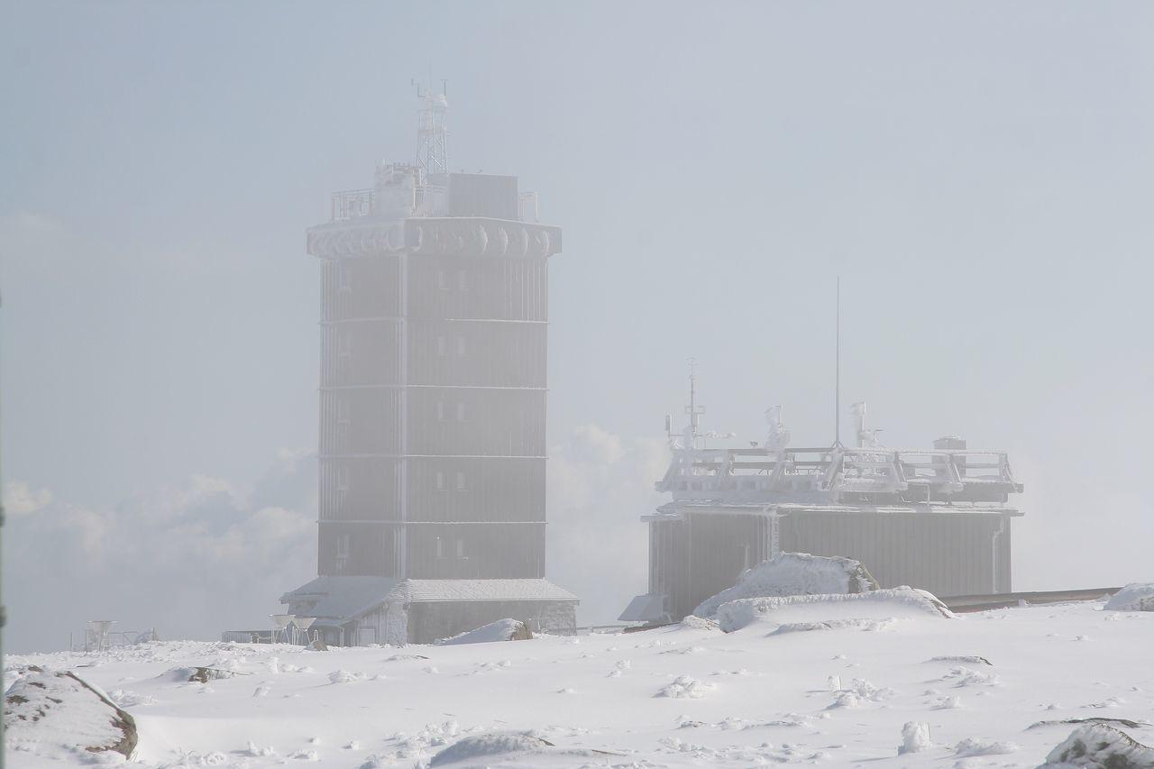 Fog Nebel Brocken Overview OverviewPoint Harz Sachsen-Anhalt BrockenBlick Snow Sky And Clouds Snow ❄ Harz Bilder Winter