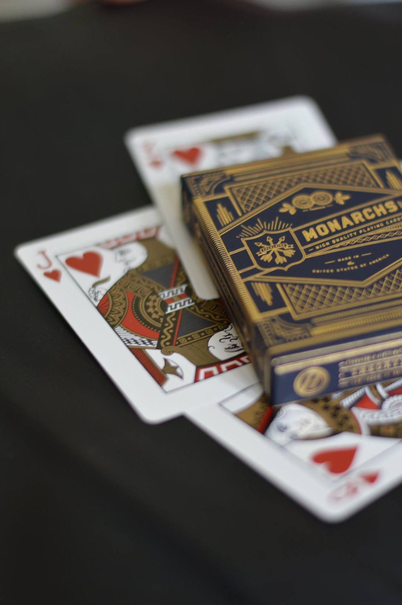 Beautiful Cardistry  Cards Magic Person Redandblack Shuffle Skill