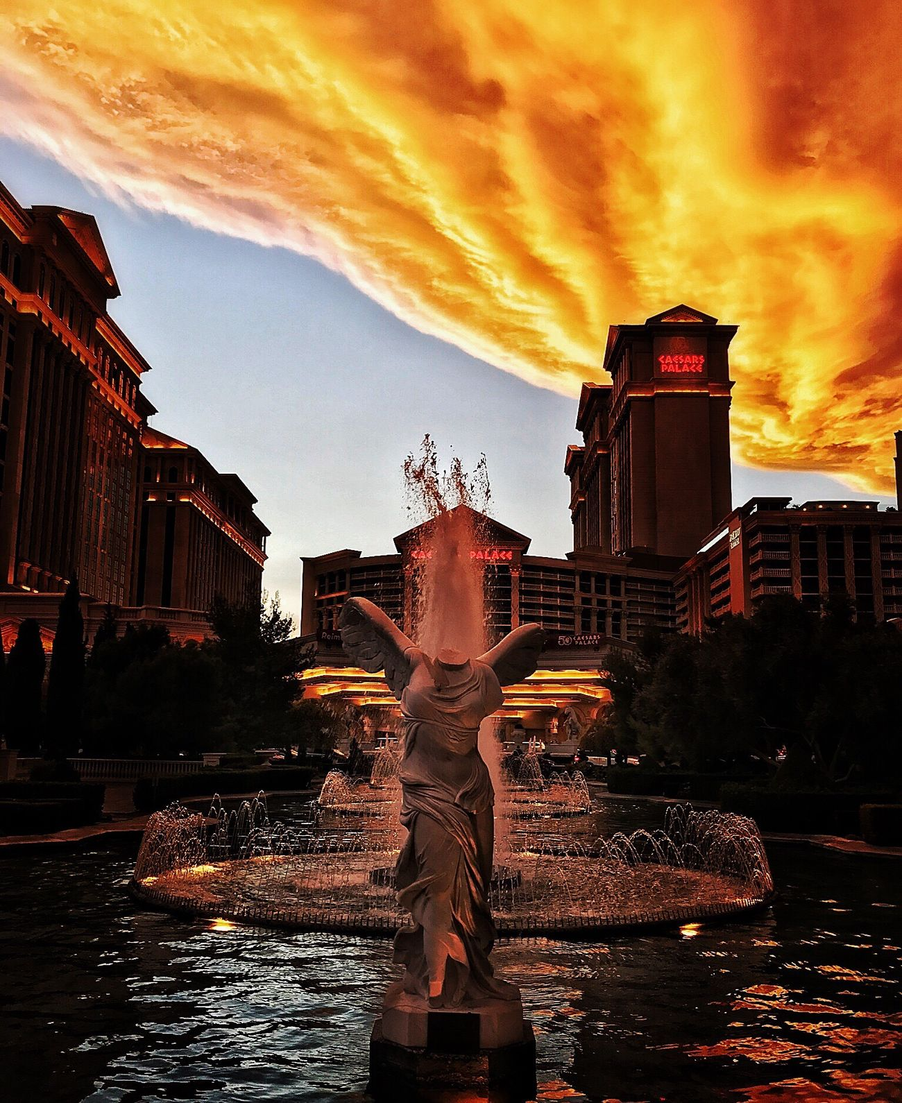 Las Vegas Lasvegas IPhone IPhoneography Iphonephotography Iphoneonly Sky Sunset City Sculpture Statue Water No People First Eyeem Photo