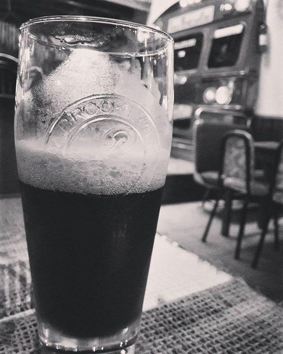 Celebrando el lado oscuro. Cadejo Cadejobrewingcompany Cerveza Oscura Stout Irishstout Dark Beer Darkside MayThe4thBeWithYou