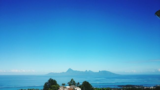 Morning run. View of Moorea island Ora Ora Bs Island Islandlife