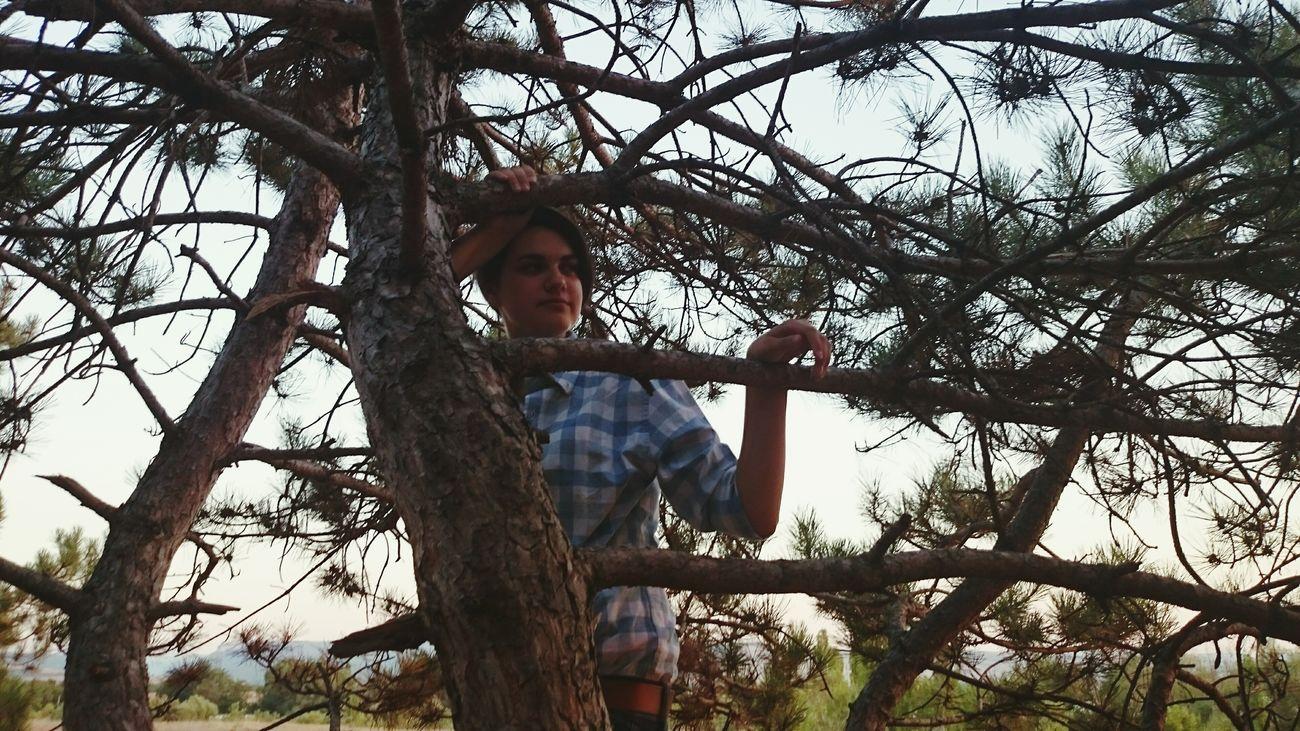 Оля фотограф а чеб и не залезть на дерево вчерашние приключения