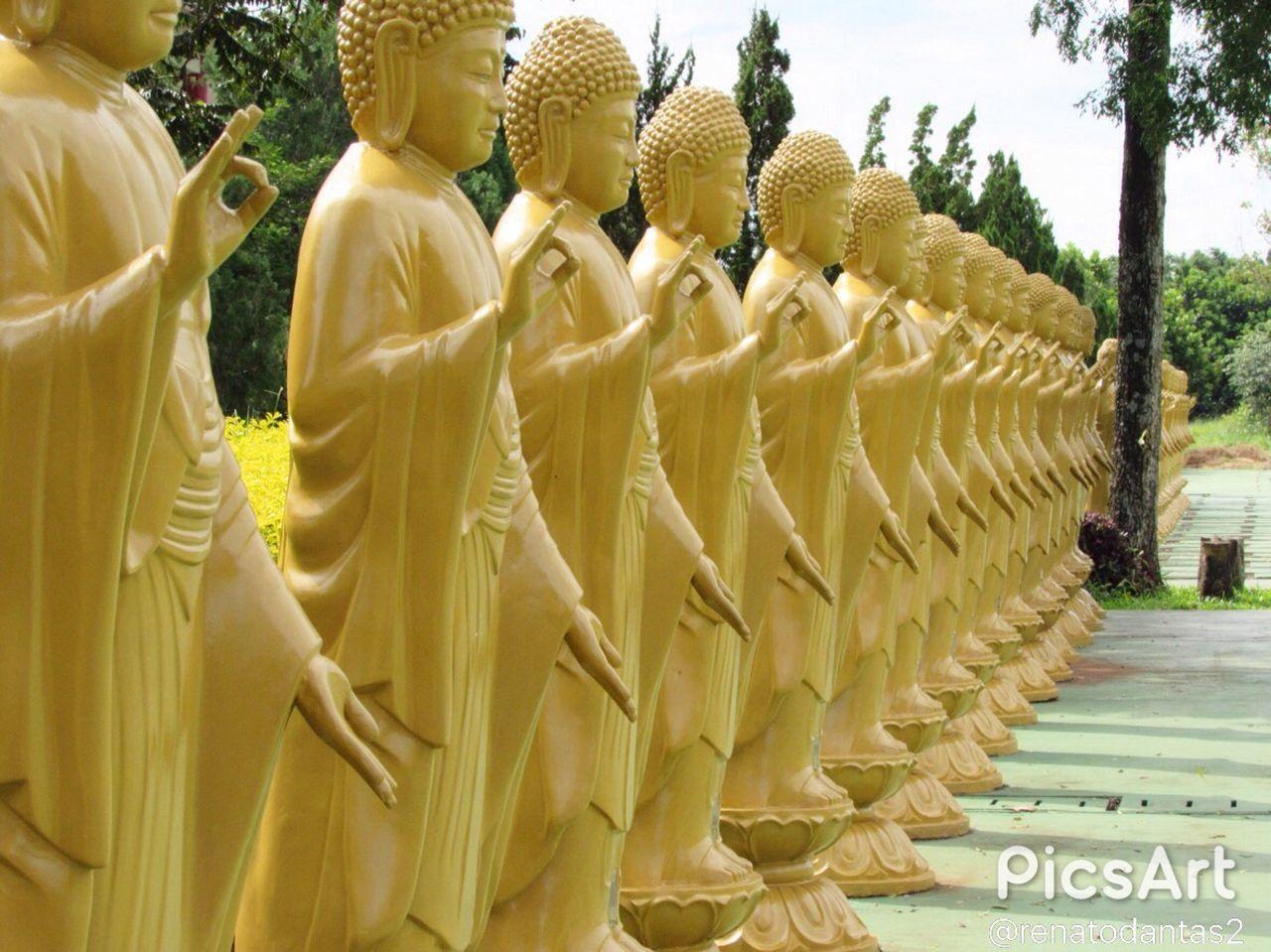 Brazil Foz Do Iguaçu Religion Spirituality Human Representation Yellow Statue Buda Budism Budismo Budist Tempel
