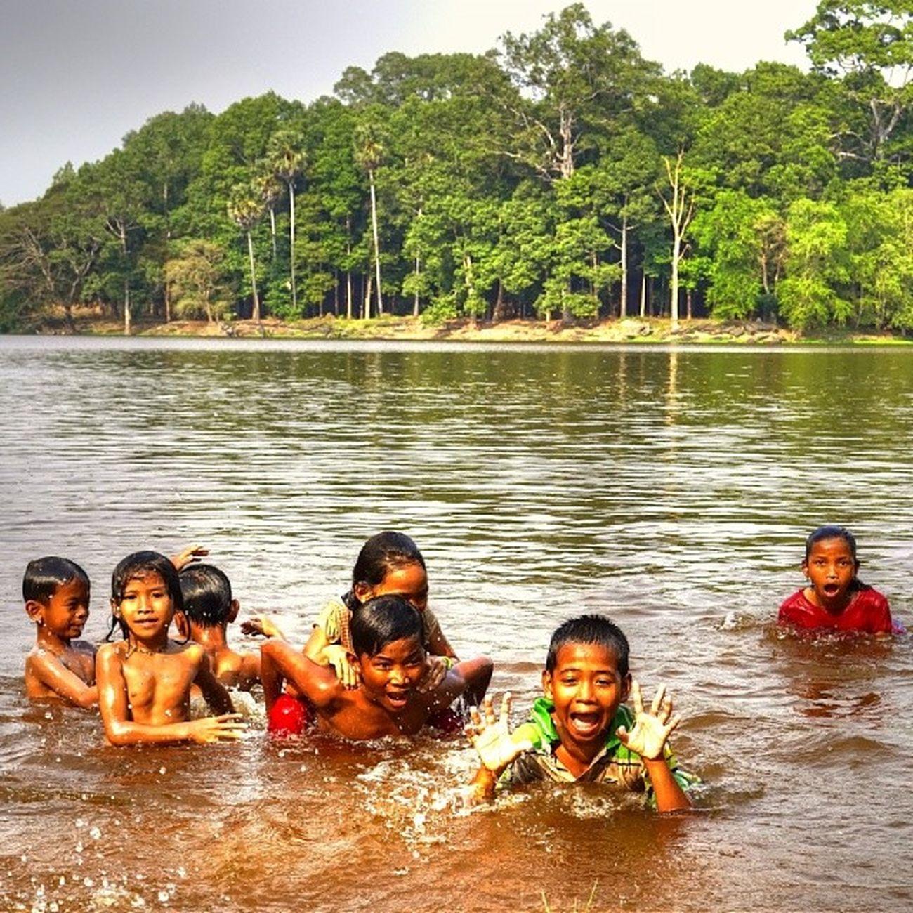 Cambodiangirl Cambodian Girl Lake View In Cambodia Cambodge Only In Cambodia Cambodia Tour Cambodians Cambodia Children Cambodia Children Of Cambodia Siemreap Siem Reap