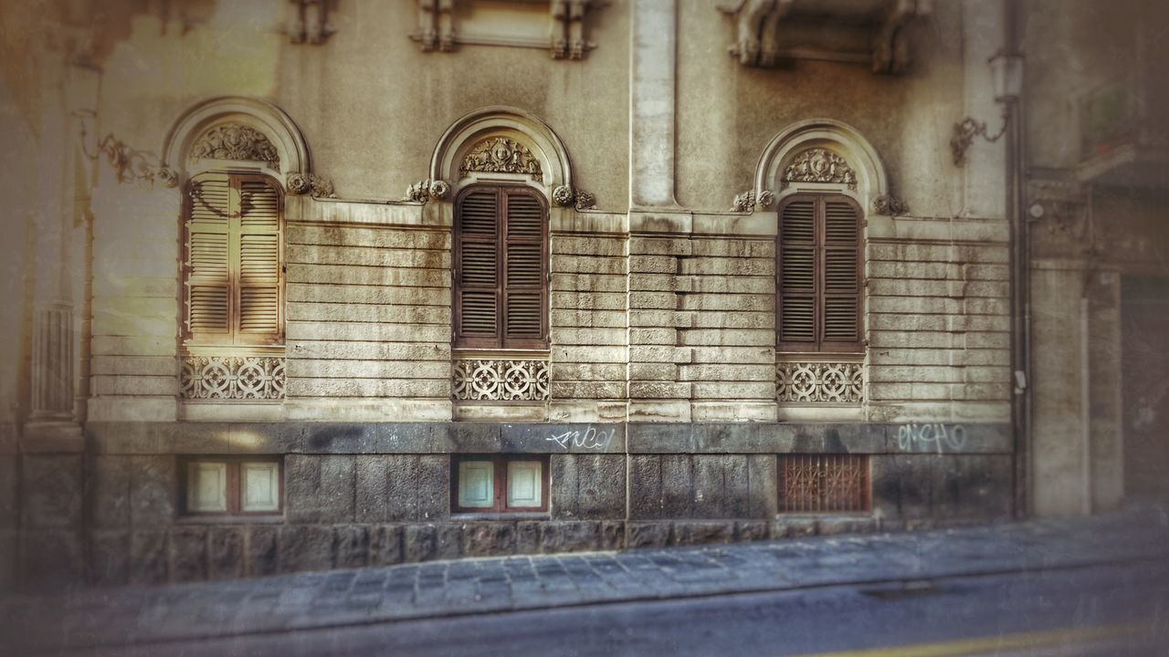Architecture Built Structure Building Exterior No People Outdoors Day Arch Oldbeauty Ancient Architecture Architecture Low Angle View EyeEm Best Shots Week On Eyeem Fruit Photography Relaxing Taking Photos Architecturelovers Eye4photography  Architecturephotography Architecture_collection Snapseed Snapseedcam architectural detail Architectural Design Weekly Eyeem Adapted To The City Miles Away
