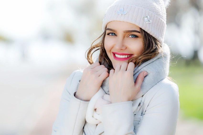 One Person Portrait Leisure Activity Real People Looking At Camera Smiling Lifestyles Warm Clothing Front View Young Women Happiness Beautiful Woman Headshot Human Face Women