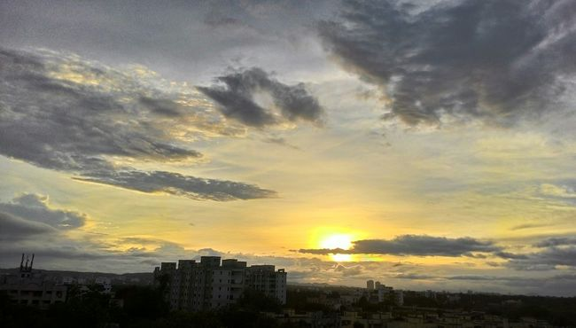 Another Evening My Eyem Photos Puneinstagrammers Puneclickarts Eyeemphotography Eye4photography  Sunset #sun #clouds #skylovers #sky #nature #beautifulinnature #naturalbeauty #photography #landscape