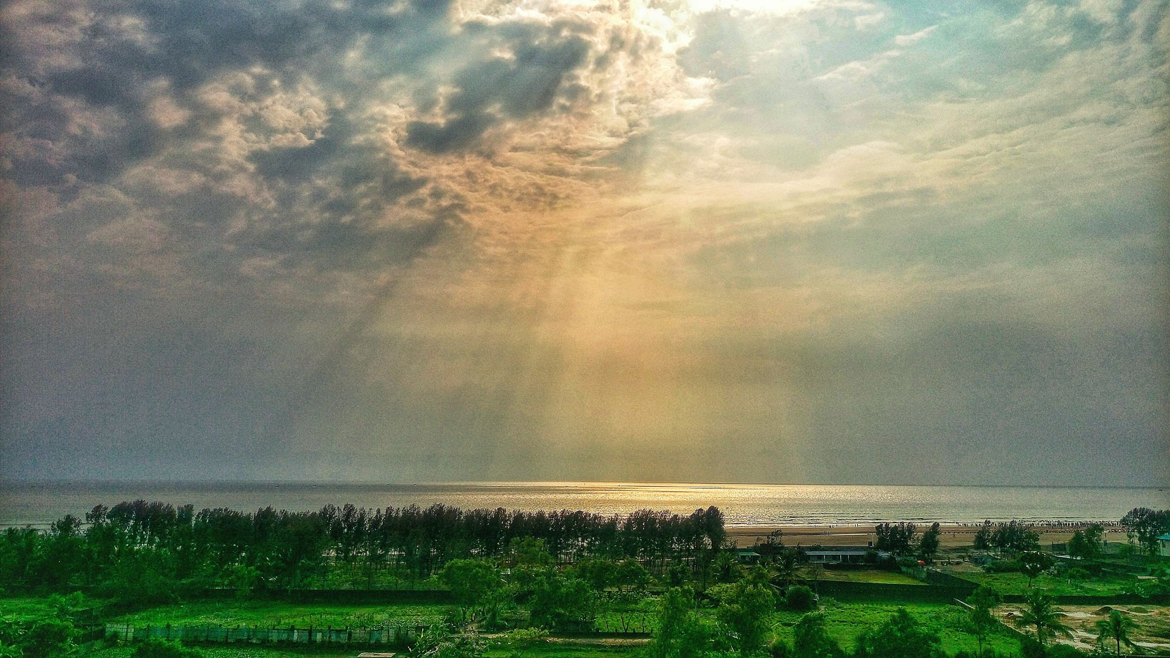 Bayofbengal Sun Shine Over Water Colorful Sky And Clouds Mobile Photography Rooftop View