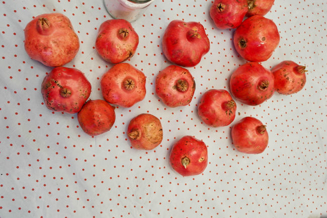 Automn Autumn Colors Close-up Fruit Pomegranates  Red Georgia Gardenia