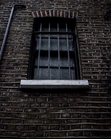 Iron OpenEdit Open Edit Gate Window Urban Urbanphotograp By Canon Canon600D Canont3i Taking Photos Street Streetphotography London Camden