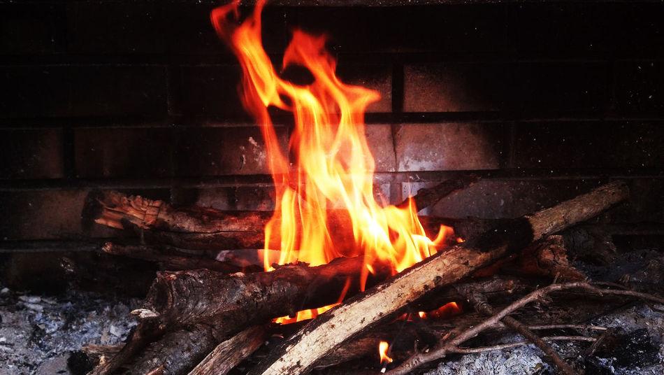 Beautiful stock photos of fireplace, Ash, Burning, Fire - Natural Phenomenon, Fireplace