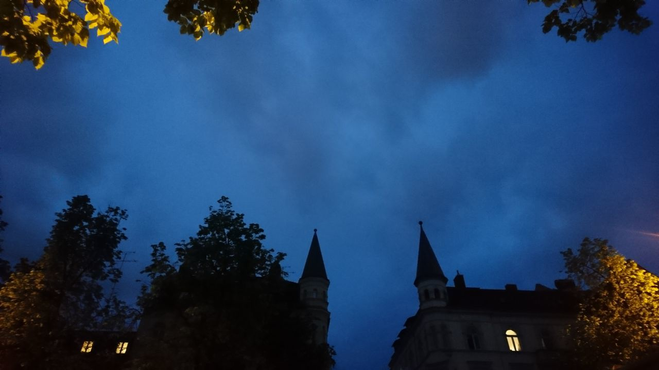 Neighborhood lights. · München Munich Bayern Bavaria Germany M 089 Residential  Neighborhood Urban Landscape Trees Roofs Lights City Lights Night Lights Light And Shadow Silhouette Darkness Black Blue Unedited
