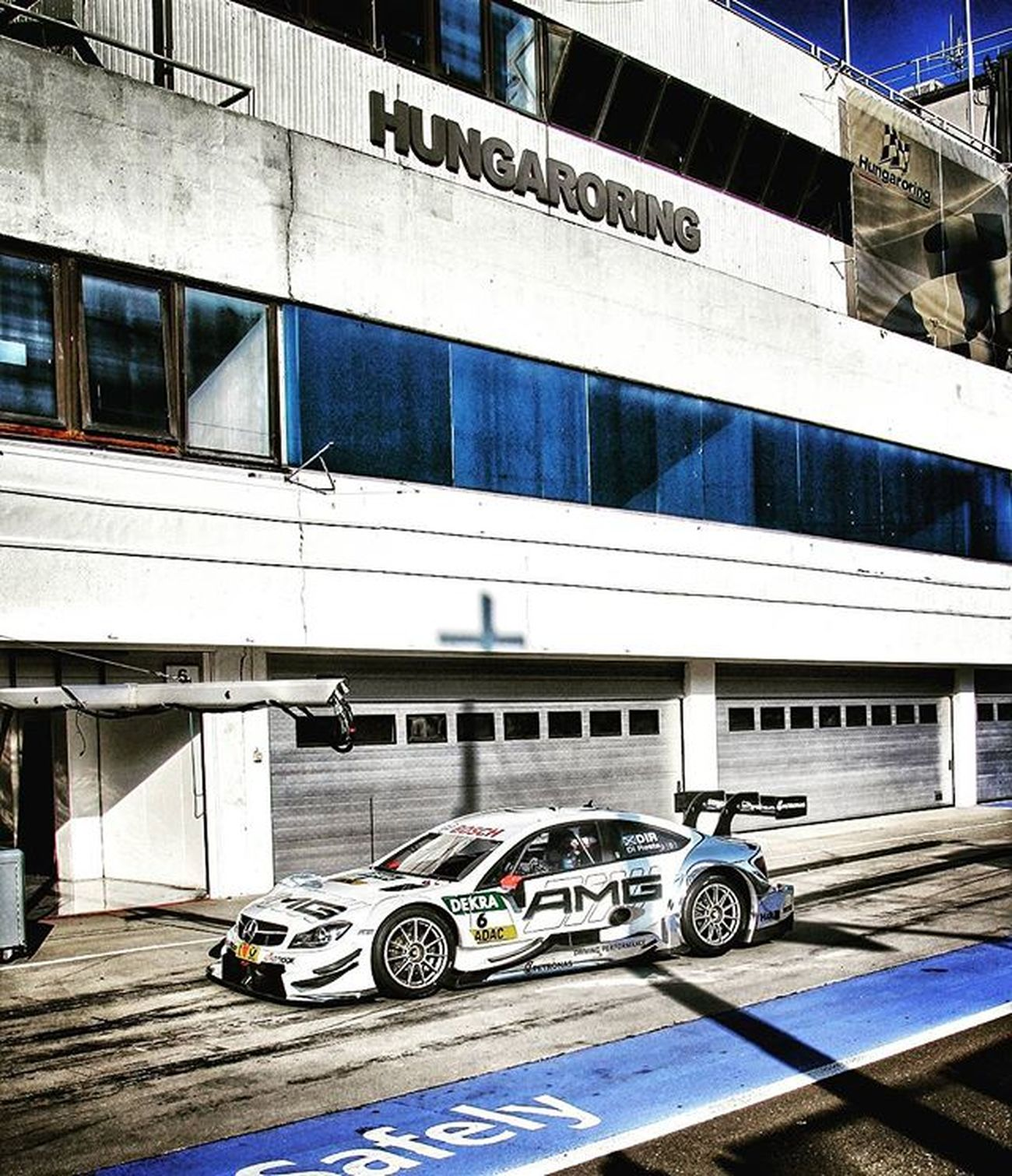Paul Di Resta, former F-1 driver in the pitlane EEprojects DTM Mercedesamg Autosport Motorsport Speed Touringcar Mercedes Car Sportscar Racecar Driving Pushtothelimit Masculine Racetrack Pitstop Champion Racing Badassmachines Power Service Pitlane Racetrack Pauldiresta Architecture building design f1 @fia_wtcctagscarshungaryhungaroring@mercedesamgdtm