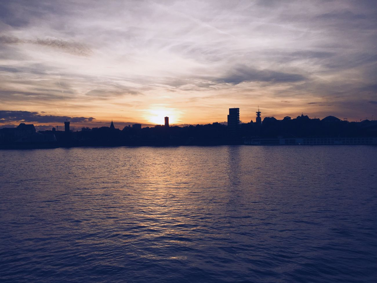 Cologne Sunset 🌅 Friendstime Love This City Photography