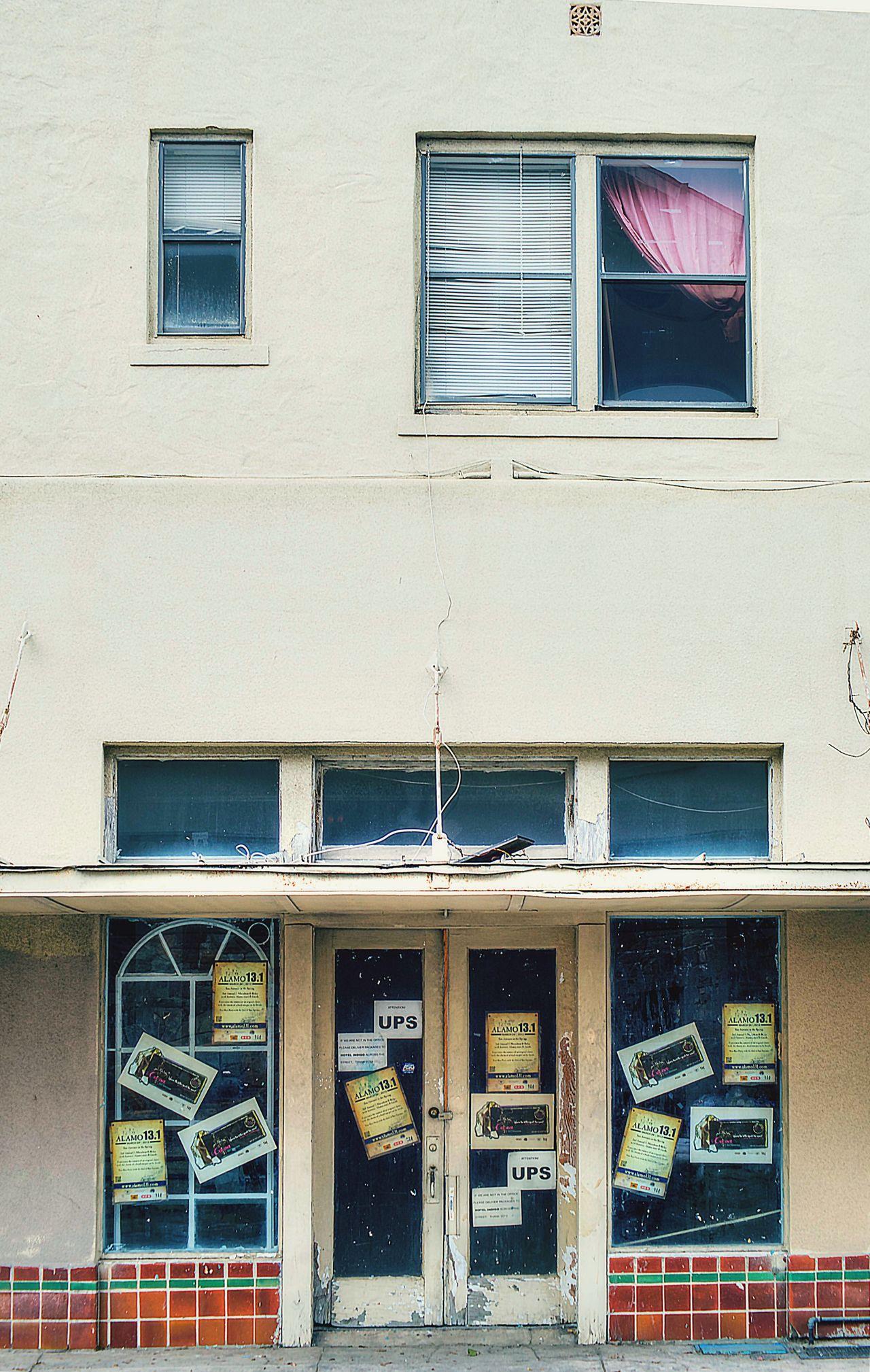 UPS Store San Antonio, Texas Architecture The Architect - 2016 EyeEm Awards Fine Art Photography EyeEmGalley Urbanphotography Architectural Detail Store Door