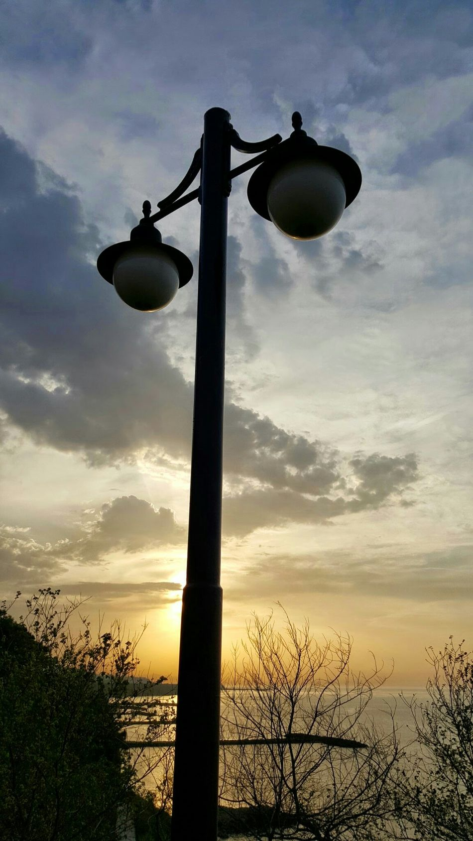 Lamp Lamb Street Lamp Monday Sea Sunshine Sun_collection Sunshine ☀ Sunshine💛