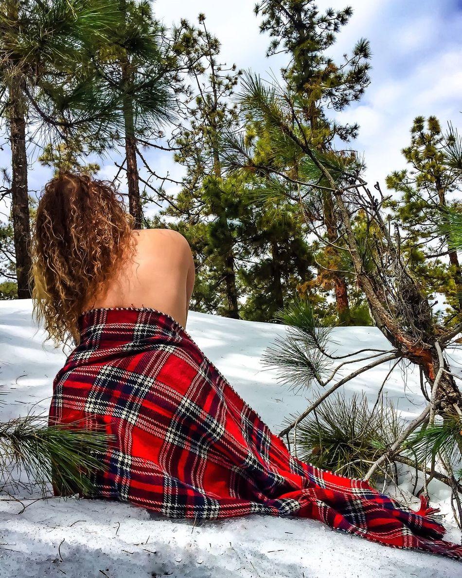 Q Freedom Hello World That's Me Enjoying Life Nature Relaxing Taking Photos Beautiful Nature Art People Espaldaalmundo