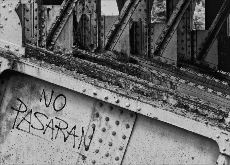 Backgrounds Black & White Black And White Black&white Blackandwhite Graffiti Metal No Pasarán No People Pattern Protest Protesting Revolution Slogan Textured