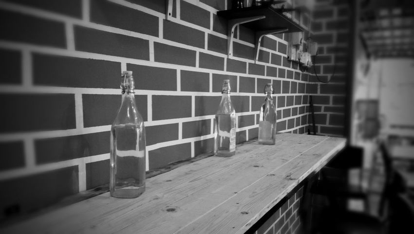 Indoors  Wood - Material No People Architecture Waterbottle Black And White Westernstyle Table Bar