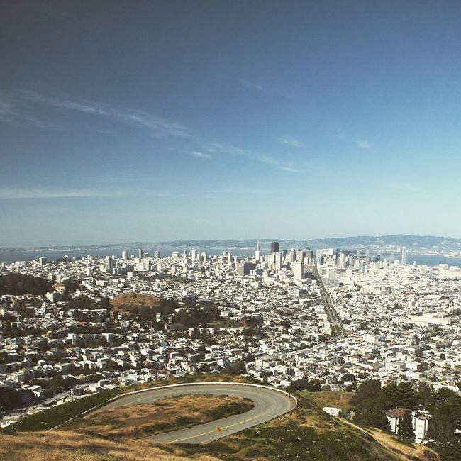 Twin Peaks San Francisco View City Cityscape Architecture Skyscrapers Sun Summer Wide Shot WestCoast Cloudless Vacations Urban Skyline Travel Destinations Travel Shotoftheday