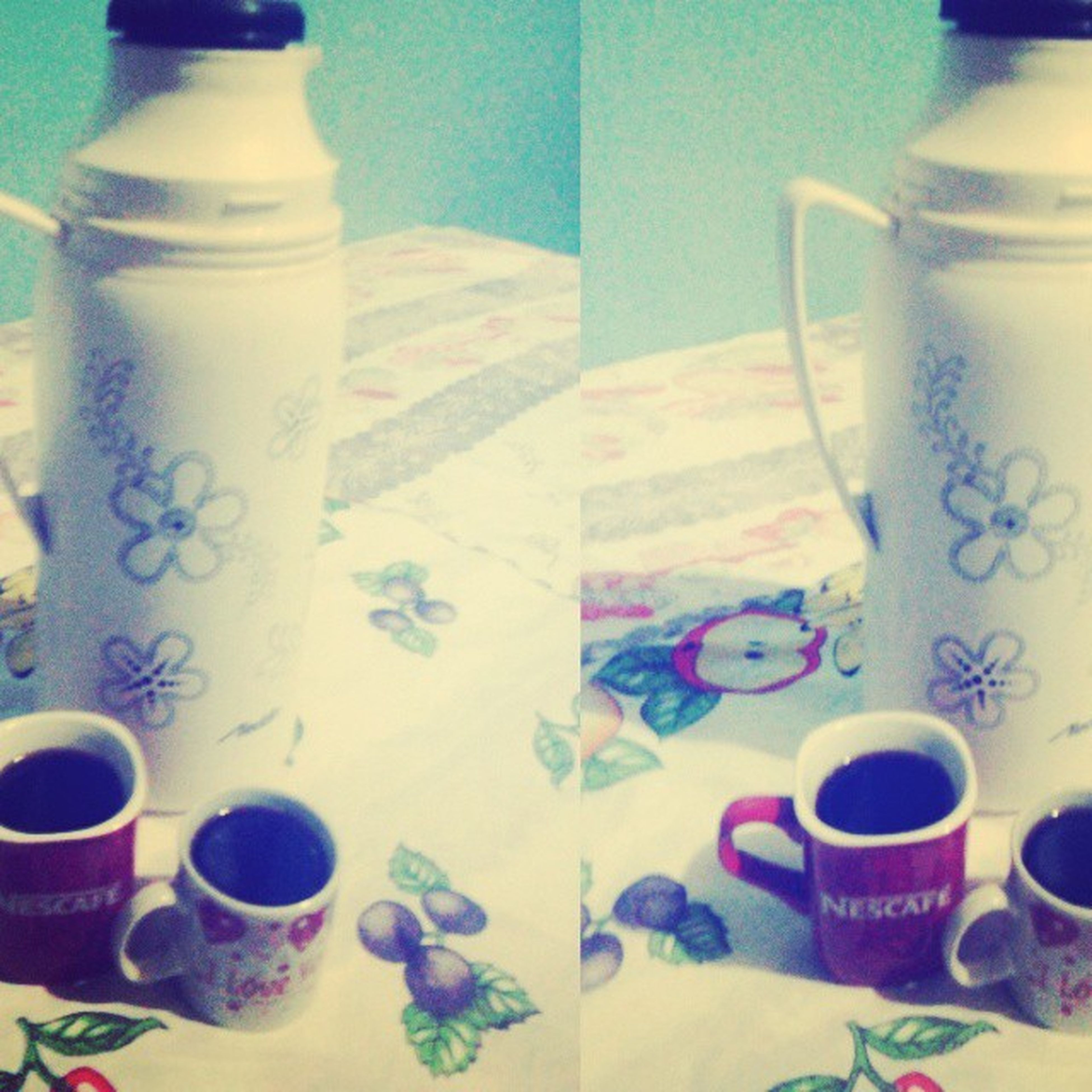 HojeaNoitefoidoCoffe hehehe Amô Coffe Cafépreto Forte Poucaaçucar kkkk PrazerdeBebercafé