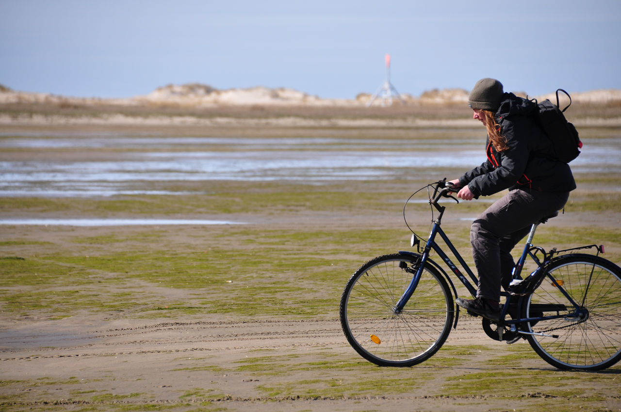 Beach Bike Bycicle Denmark Sand Sandy Beach Wadden Sea Wattenmeer Strong Wind Flat Wind Photography In Motion Transportation