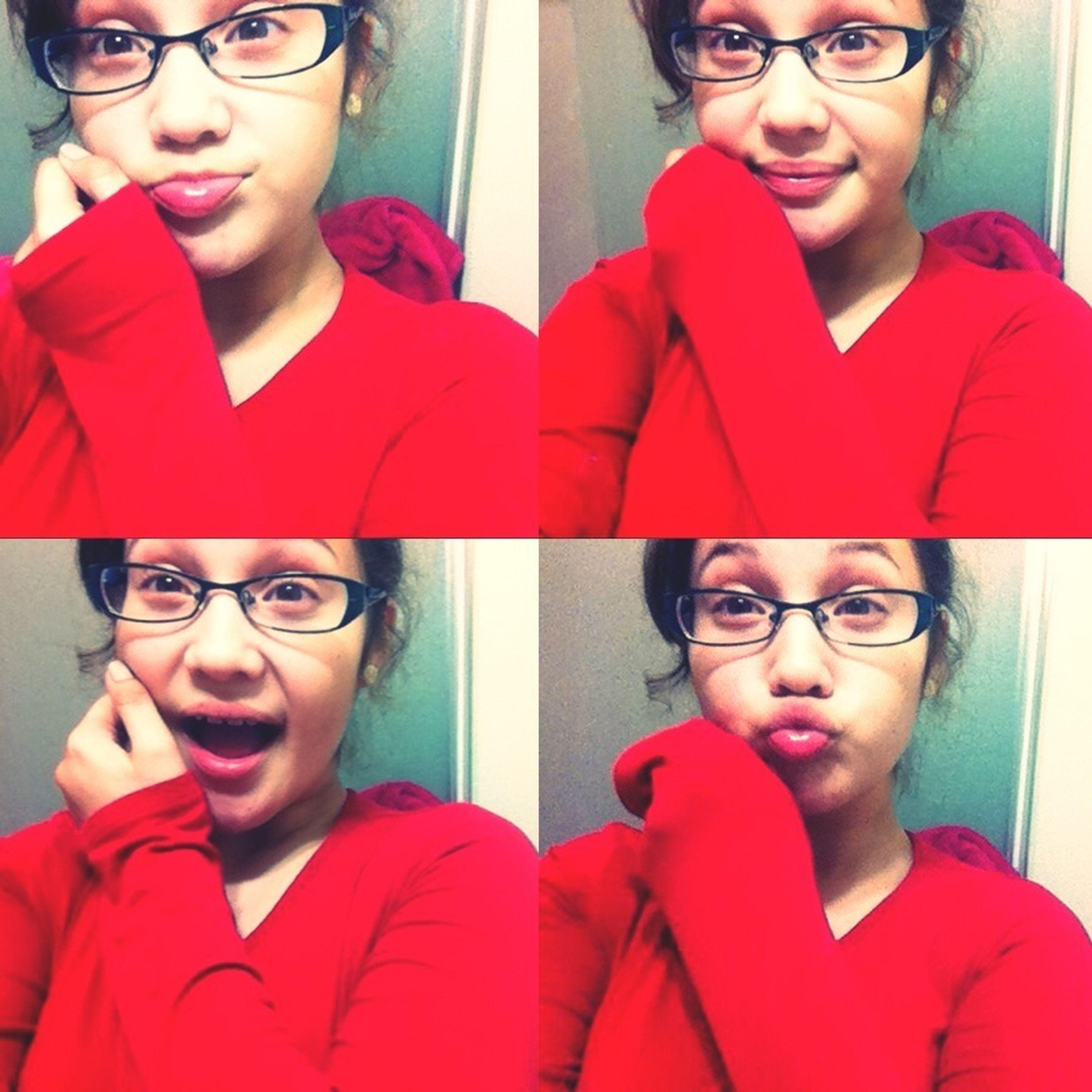 im cuteee c: lol merry christmas eve ^-^