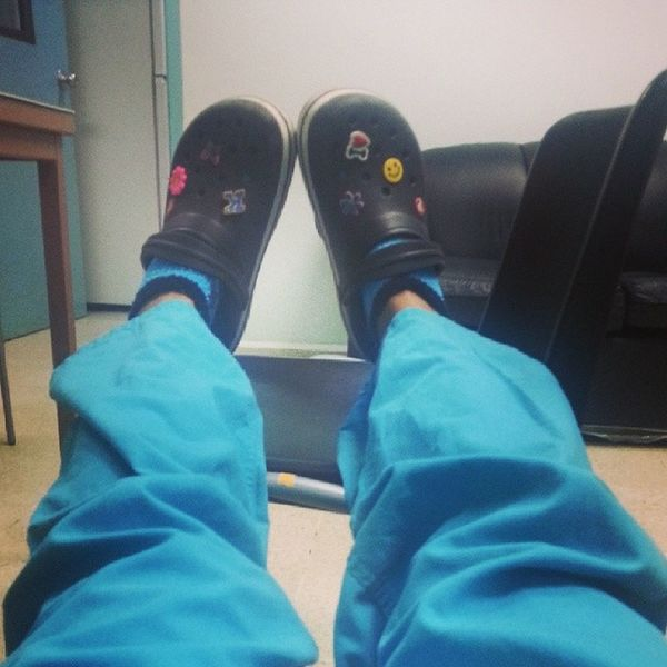 Trabajando duro el dia del medico Outfitoftheday MD Orthopedics Ootd