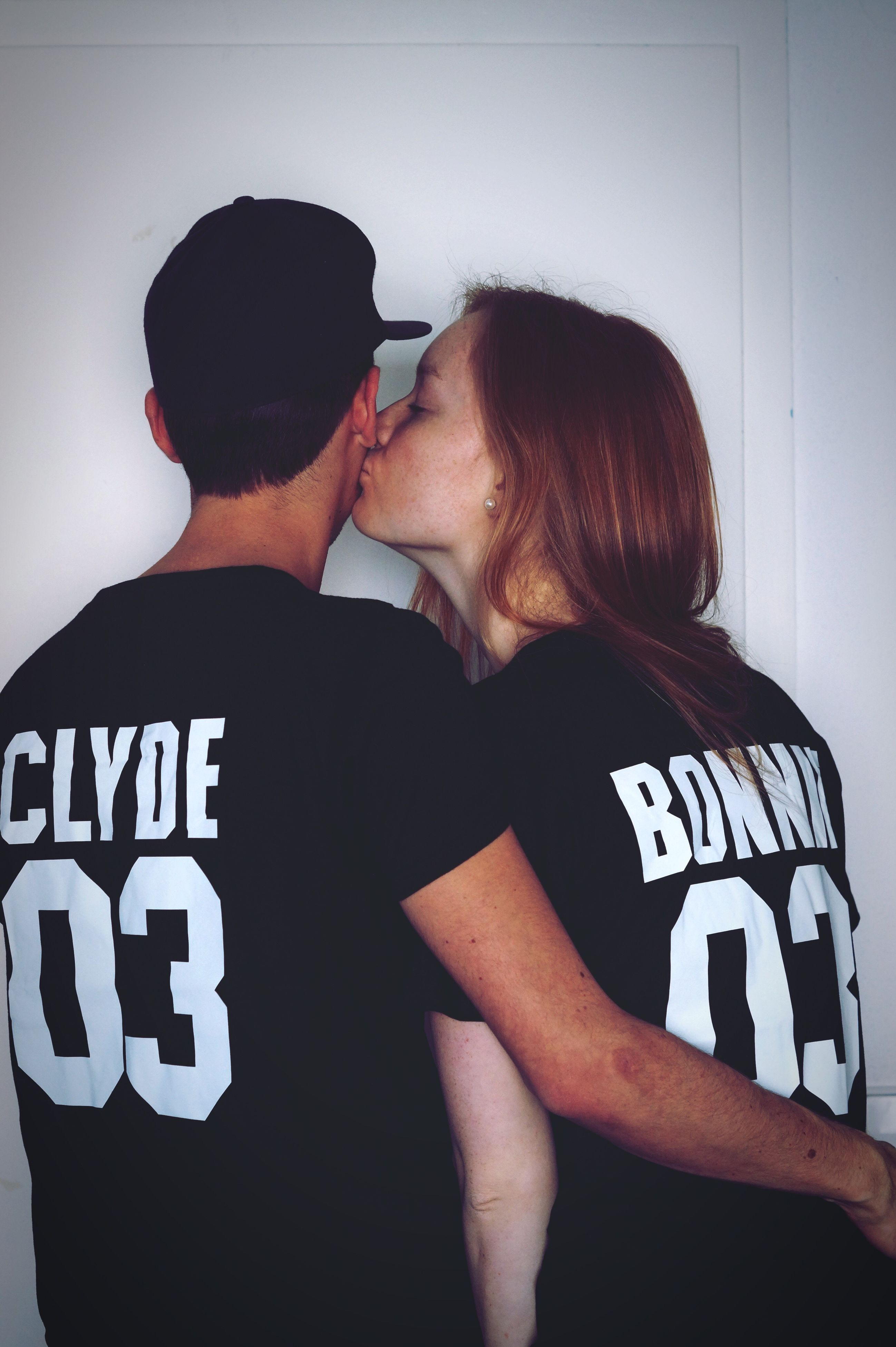 love, two people, kissing, romance, affectionate, heterosexual couple, couple - relationship, young adult, togetherness, young men, adults only, young couple, bonding, embracing, real people, people, men, young women, adult, indoors, day