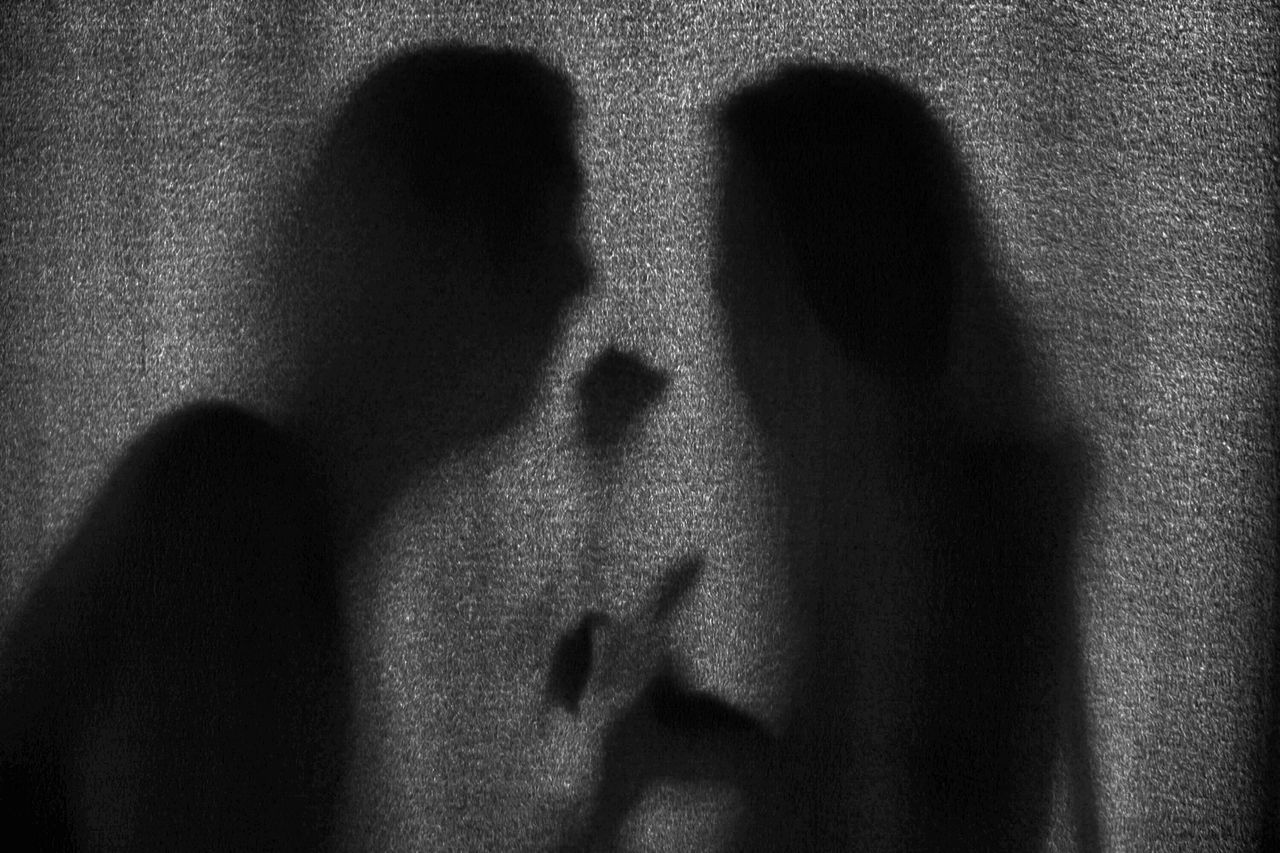 Lovers Love Is In The Air Eye Em Best Shots Love Silhouette Monochrome Blackandwhite Bw_collection Romantic