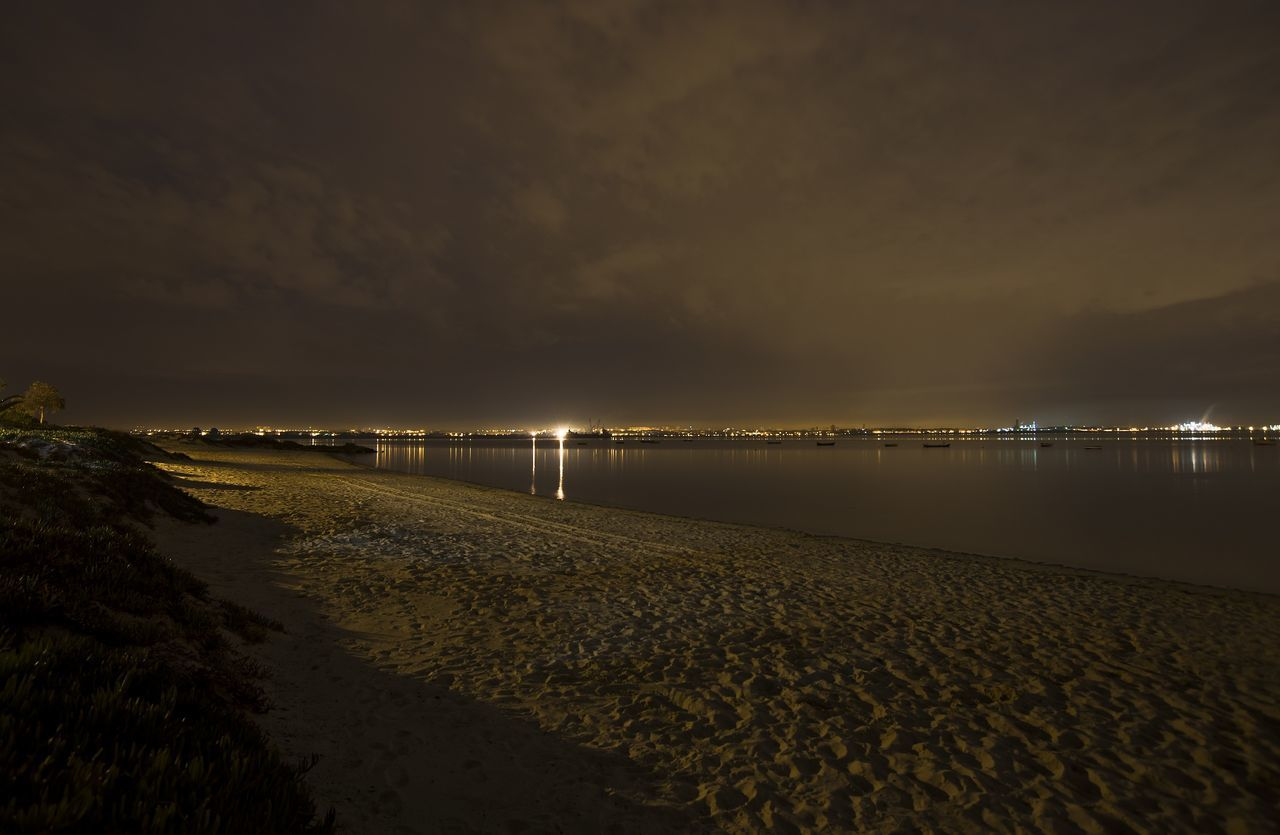 Atmosphere Atmospheric Mood Beach Distant Midnight Moita Night Nightphotography Praia Rio Tejo River Rosario Sea Sky Tejo Tranquil Scene Waterfront