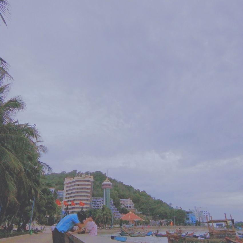 Vietnamese Vungtaucity Beach Sea Vungtaubeach Father And Daughter Kiss ♥ Takenbyme 62superman