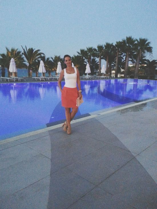 Otel Summer Pool Fashion
