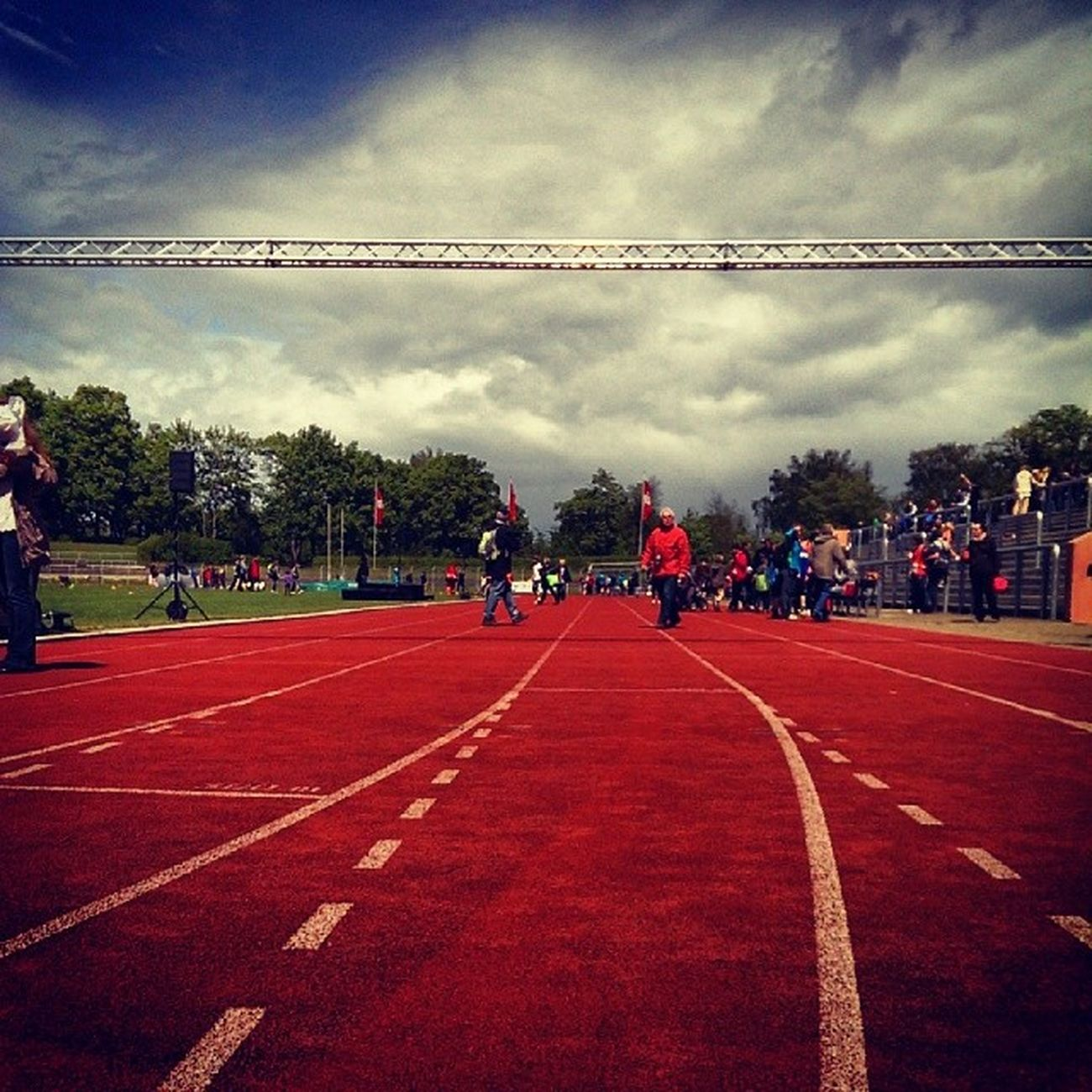 Track Laufen Running Competition start colors sky cloud instagramhub instagood