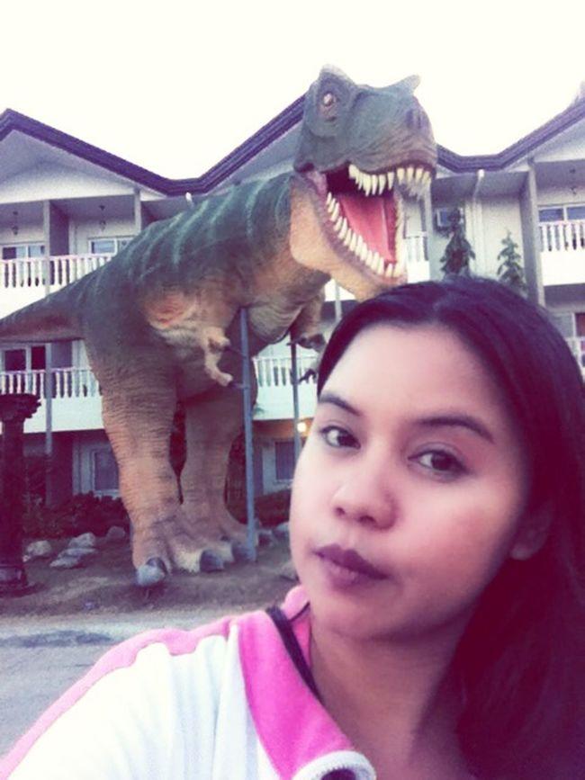 Jurassic park Selfie With My Pet lol Dinosaur