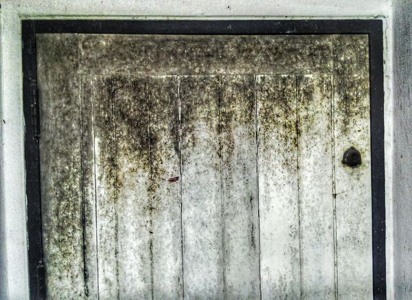 old door vintage VSCO Vintage Vintage Photo Vintage Photo Vintage Style Colors Best  Fashion Travel Town Tranquility Outdoors Old Old House Door House Alone Alone Time Crazy Mission Mystery Backgrounds Textured  Pattern Weathered Paint Full Frame Close-up Day Outdoors No People EyeEmNewHere