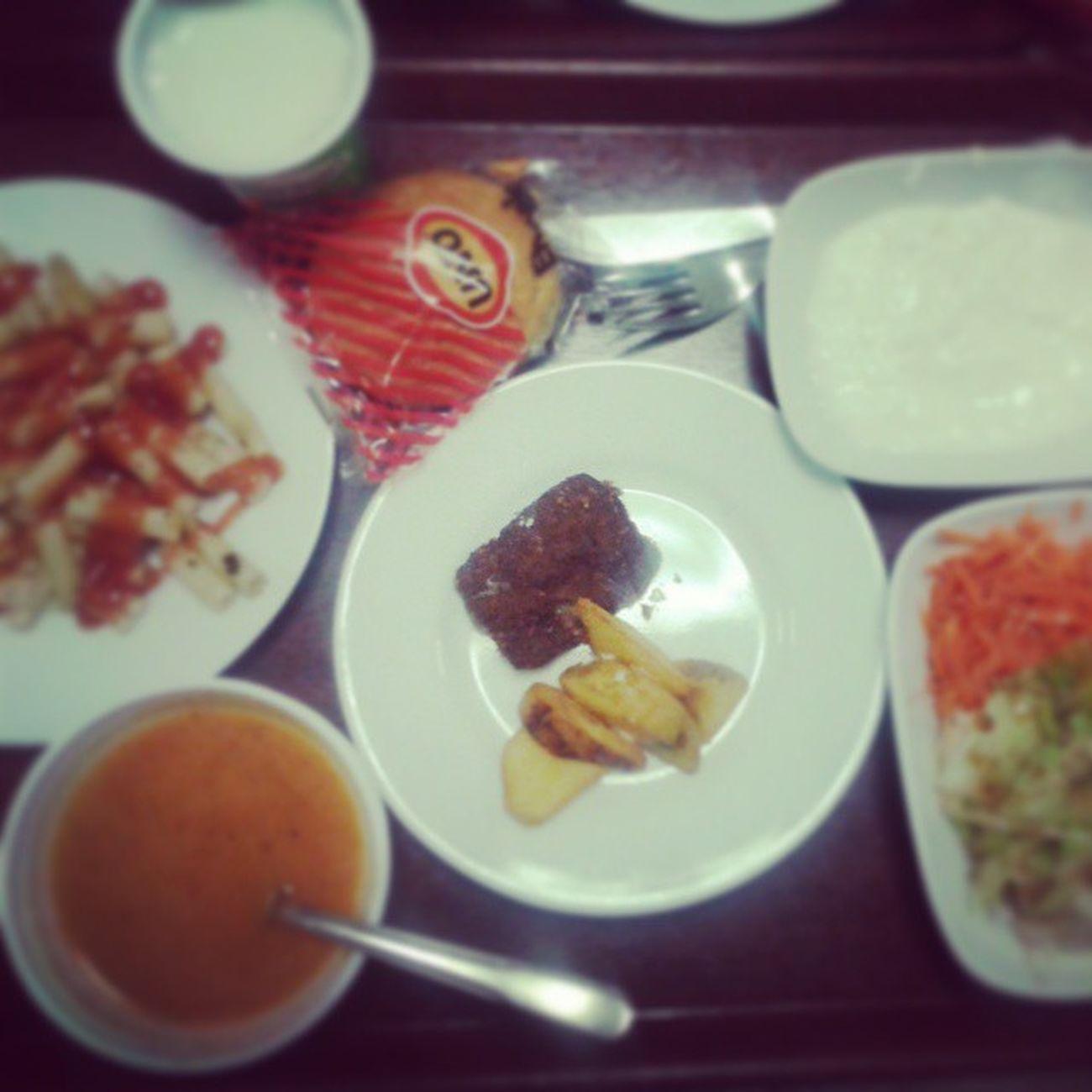 Yemek vakti :) DahaPaydosa4SaatVar :)