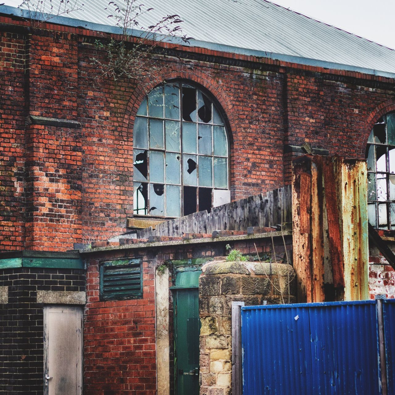 Building Exterior Built Structure No People Outdoors Day Architecture The Places I've Been Today Abandoned Places Derelict Urbex Urbexphotography Urbexexplorer Canonphotography Square Format Lovers Colour United Kingdom