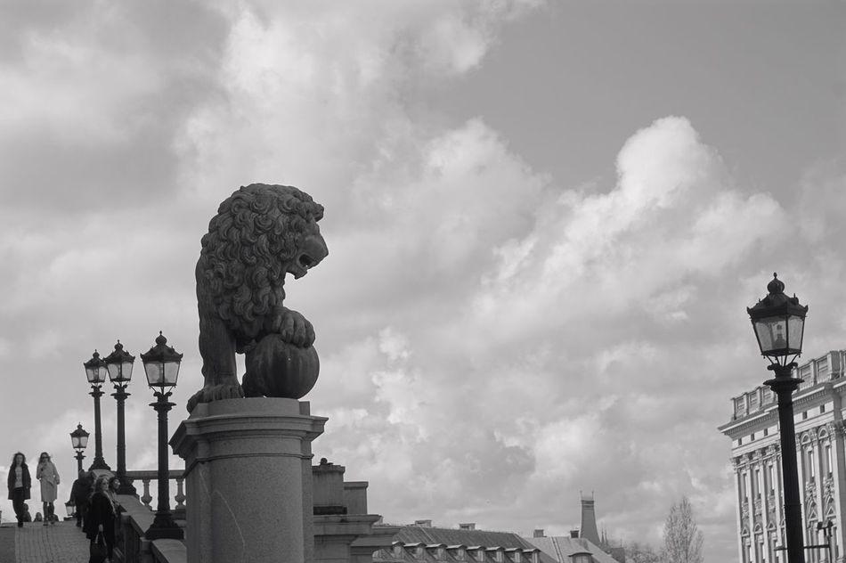 ✨Hej Stockholm🙌🏻 Statue Sculpture Cloud - Sky Art And Craft Building Exterior Built Structure Architecture Travel Destinations Stockholm, Sweden