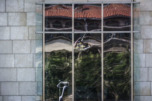 Architecture Building Exterior Built Structure Exterior Façade Glass Guggenheim Bilbao Outdoors Reflection Windows
