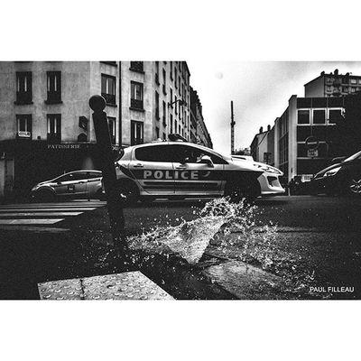 "Paris ""Police"" Streetlife Streetphotographyparis Streetphotography Streetphoto Street Paris Nikon"