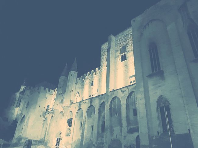 Night Religion Ancient Palais Des Papes History EyeEm Gallery EyeEmNewHere Provence Alpes Cote D'azur Blackandwhitephotography No People Architecture Outdoors City Sky