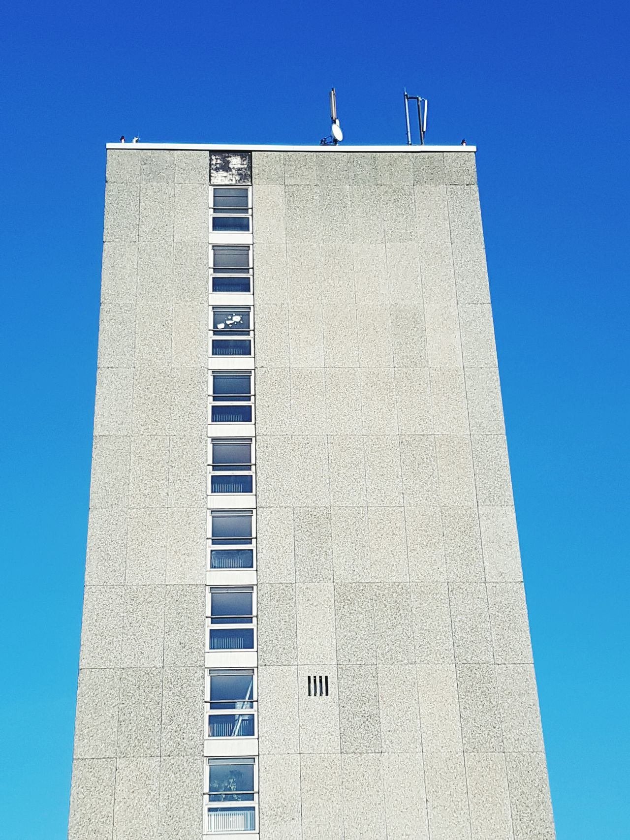 Clear Sky No People Low Angle View Day Outdoors Sky Architecture Hochhaus Plattenbau ThatsMe Helloworld