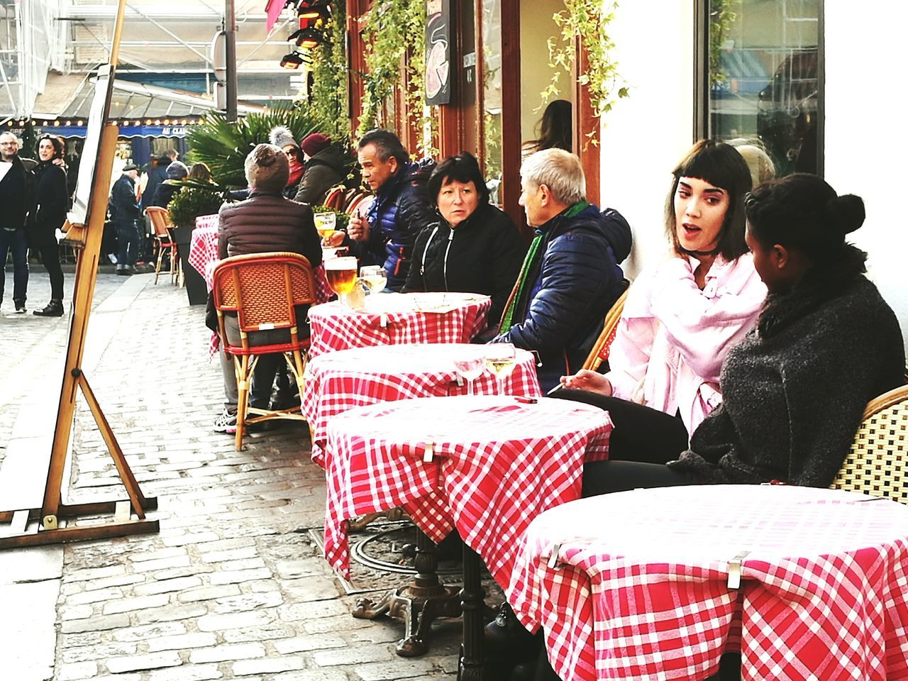 Place de Tertre Paris. Capturing the real Parisienne Communication Food And Drink Outdoorlife french culture