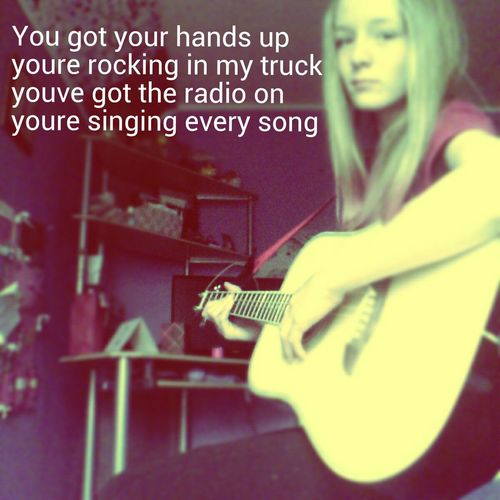 youve got your hands up ypur rockingnin my truck youve got the radio on your singignnevery song - luke bryan. Country Song Guitar Girls