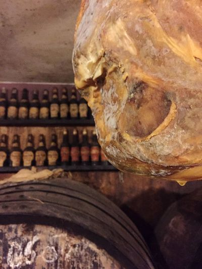 Wine Wine Barrels Winery Wine Tasting Serano Seranoham Ham Schinken Luftgetrockneter Schinken Wine Bottles Wein Weinverkostung Weinfass Enjoying Life Taking Photos Relaxing Showcase March