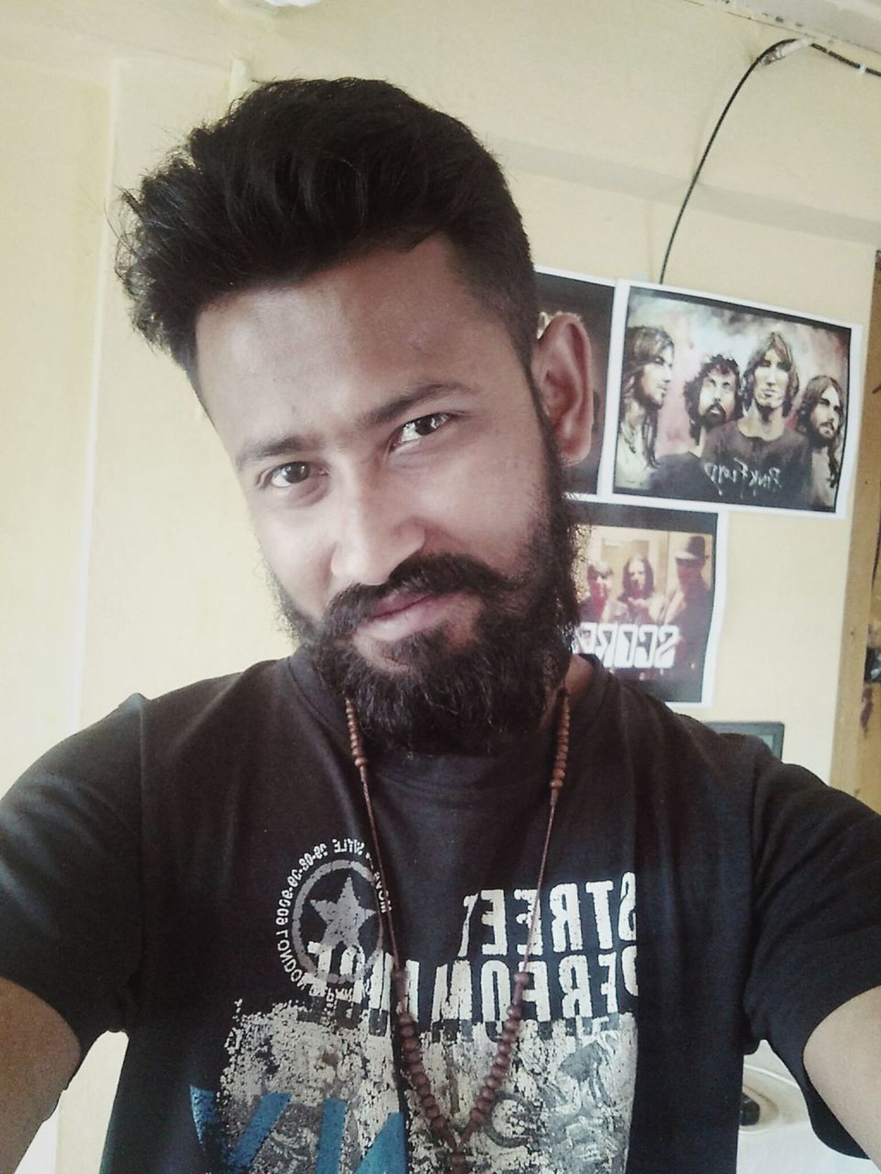 One Man Only Only Men One Person Portrait Looking At Camera Beard Men Front View Personality  BeingMyself Dashing Handsome Attitude Casual Clothing Indoors  T-shirt One Young Man Only First Eyeem Photo