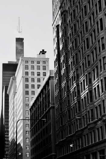 Searstower Willis Tower Architecture Skyscraper City Low Angle View No People The Architect - 2017 EyeEm Awards Neighborhood Map Chicago Architecture Low Angle View Skyline The Street Photographer - 2017 EyeEm Awards The Street Photographer - 2017 EyeEm Awards The Architect - 2017 EyeEm Awards Neighborhood Map The Architect - 2017 EyeEm Awards