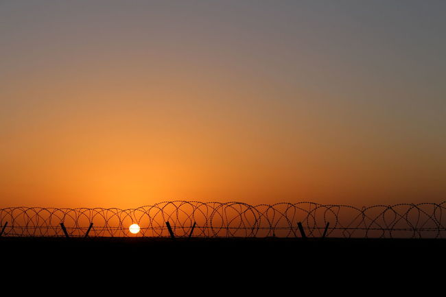 Sunset Boarder Boarder Fence Sunset First Eyeem Photo EyeEm Fine Art Photography