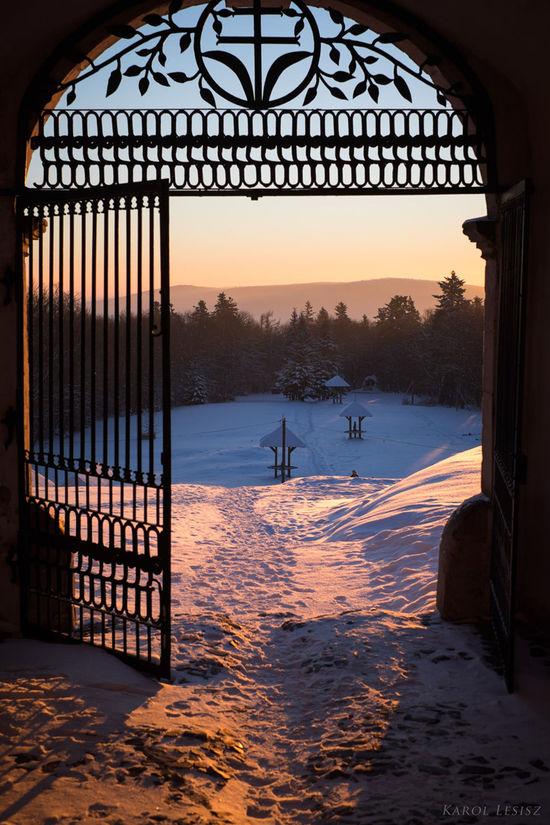 Cold Temperature Fujifilm Gate Góry świętokrzyskie Mountain Nature Scenics Snow Susrise Winter Polska